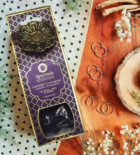 Lavender Lemongrass  Luxurious Veda 20 Incense Cones with Holder