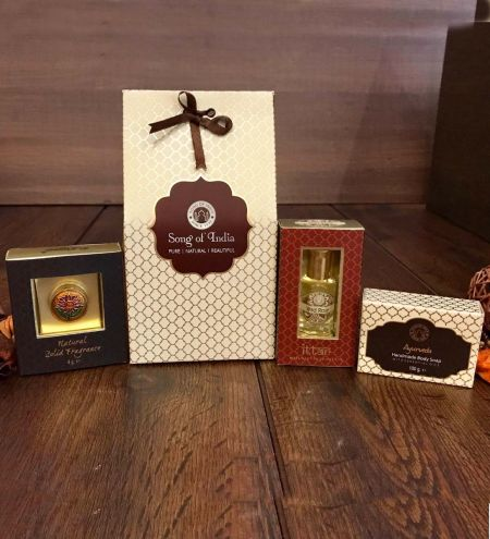 Luxurious Veda Gable Gift Box
