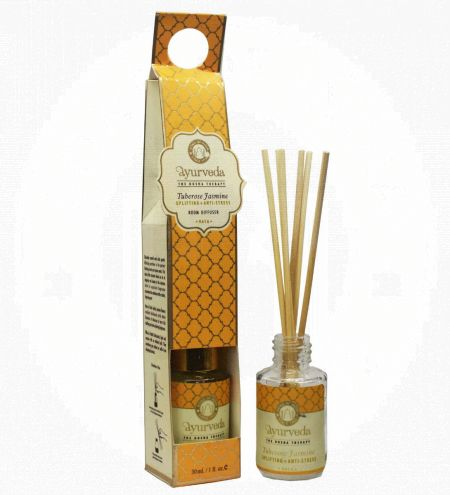 Tuberose Jasmine Luxurious Veda Reed Diffuser in Round Glass Bottle